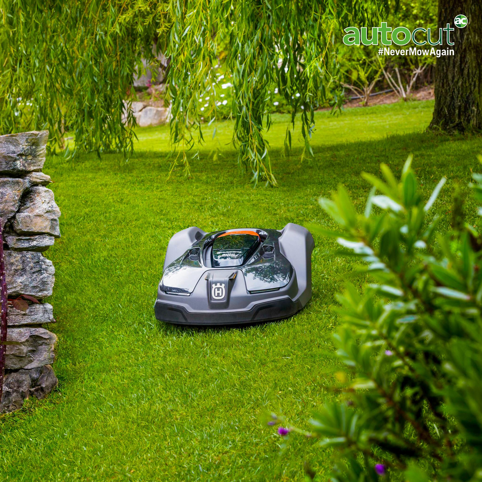 Meet the Mower: Automower® 450X