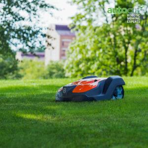 automower 550 on lawn