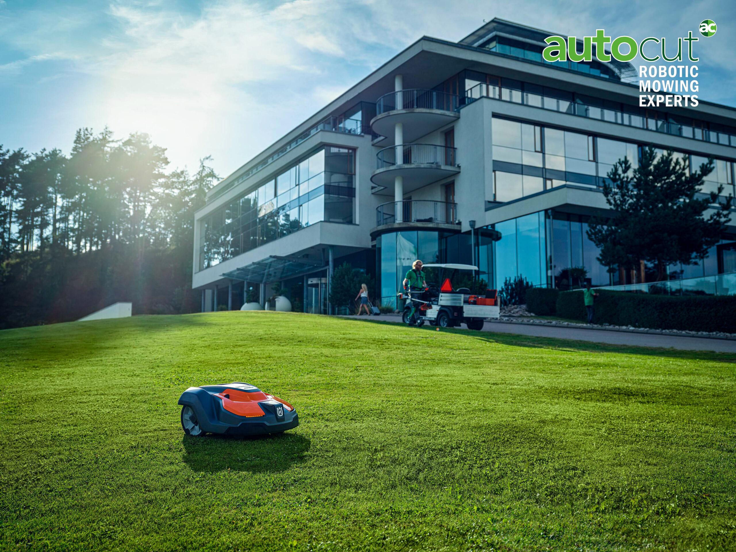 Meet the Mower: Automower® 550 EPOS